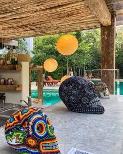 Tulum acoge Bienal de Arte Huichol dando espacio al arte de la Sierra Madre Occidental